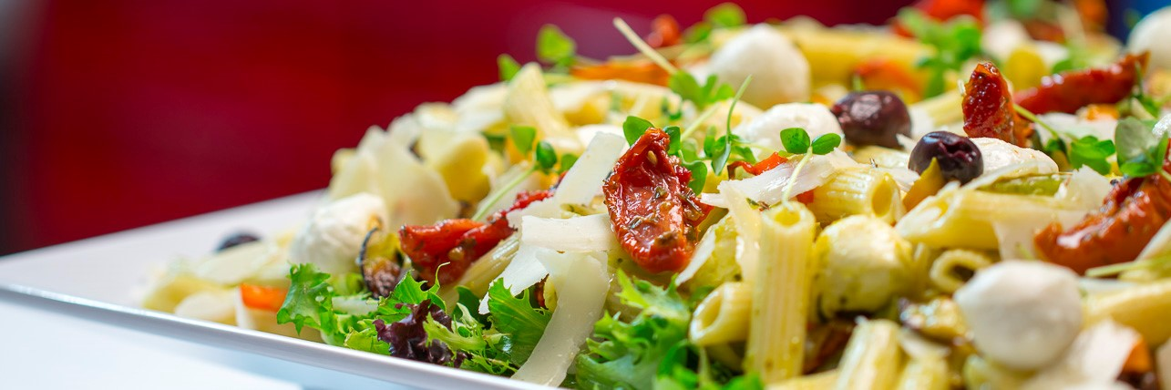 Pesto Salad Xmas