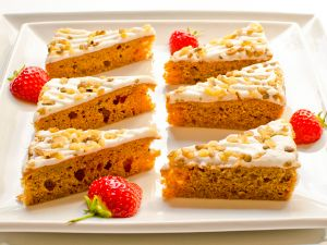 Carrot Cake Triangles