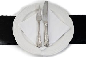 Dinner Plate Cutlery and Serviette