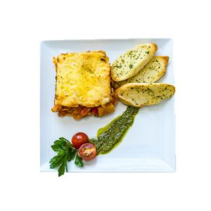 Vegetarian Lasagne With Garlic Bread