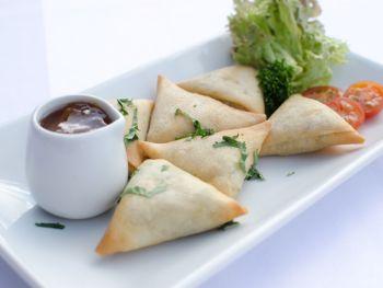 Vegetarian Samosas With Raitha Yoghurt Dip