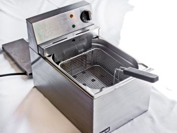 Deep Fat Fryer with Oil