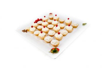 Christmas Mini Mince Pies with Cream